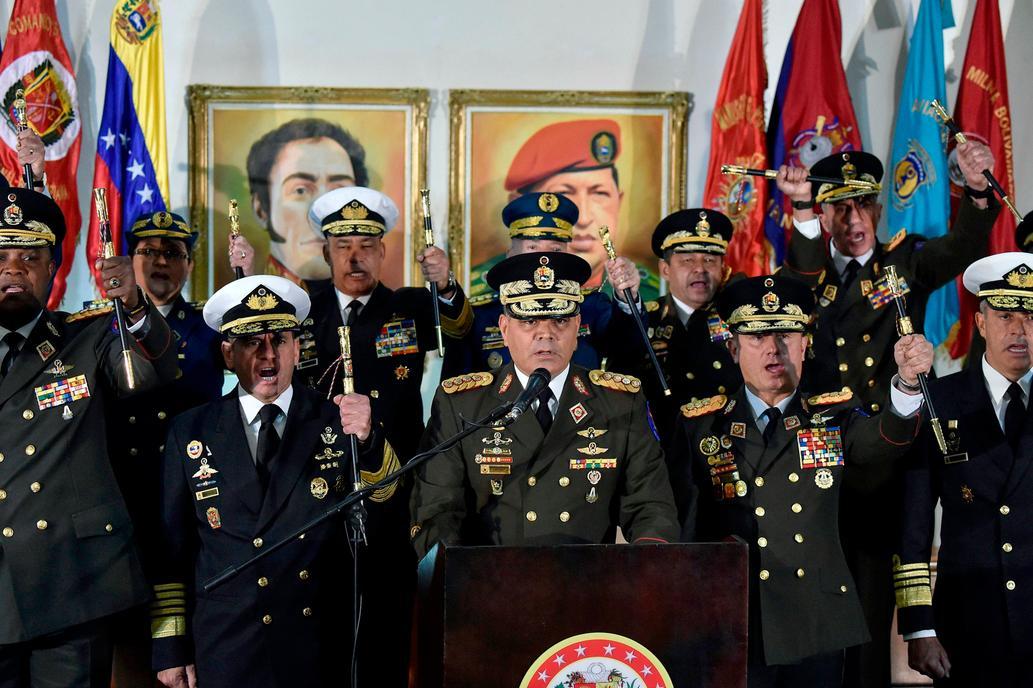 Militares venezolanos tienden puente de diálogo a Guaidó. Foto/AFP