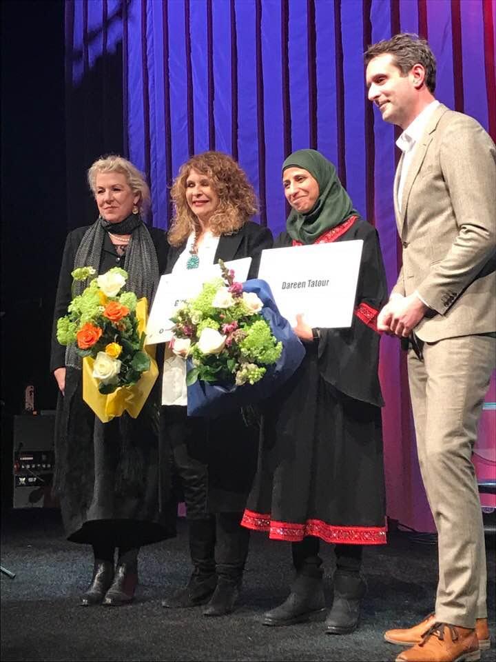 Gioconda Belli recibe premio internacional por la libertad de expresión en Nicaragua. Foto: Cortesía