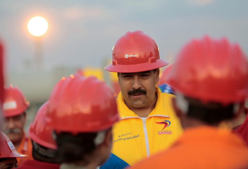 El Gobierno de Venuezuela envía petróleo de manera subsidiada al pueblo cubano. Foto/ AVN/Xinhua Press