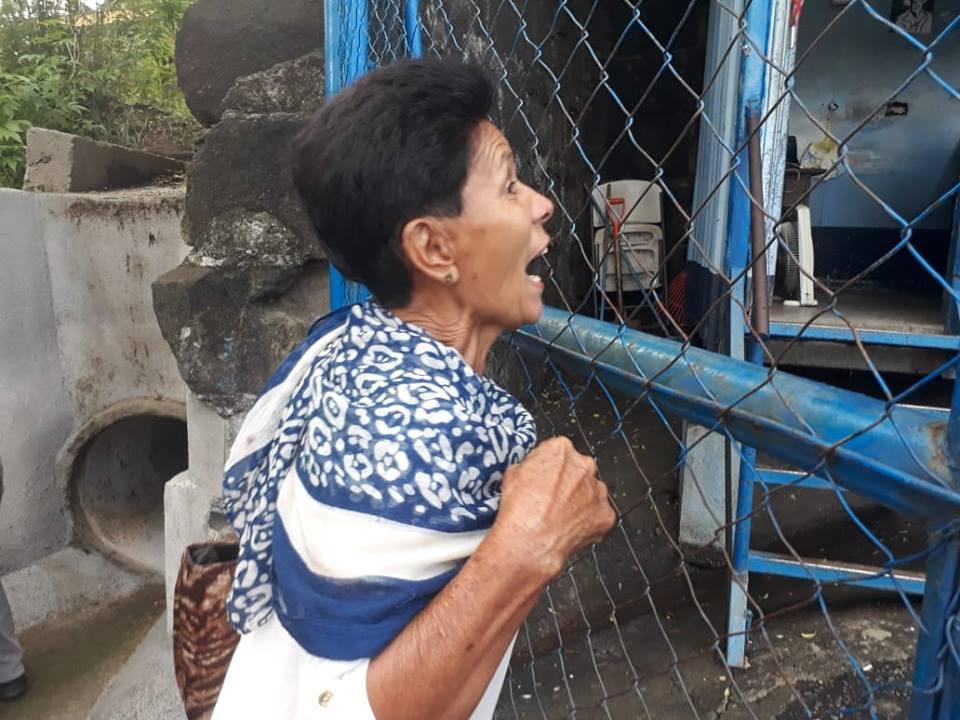Alicia María Rojas abuela de Álvaro Rojas exige la liberación de su nieto.