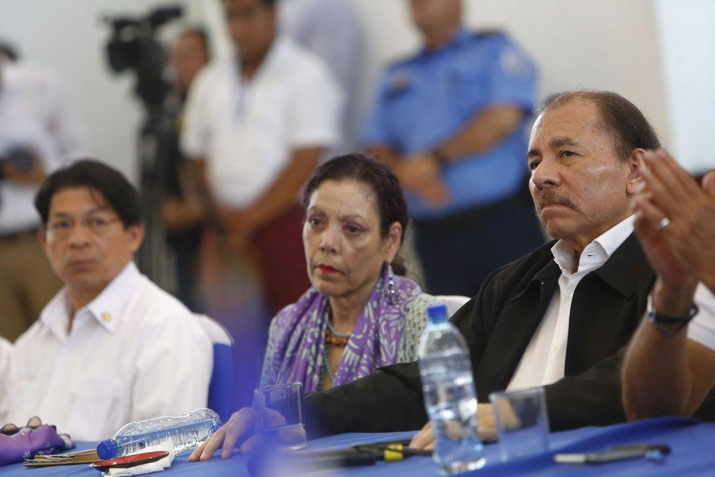 Presidente del Banco la Fise, asegura que «el dialogo va a comenzar mañana». Foto/AP