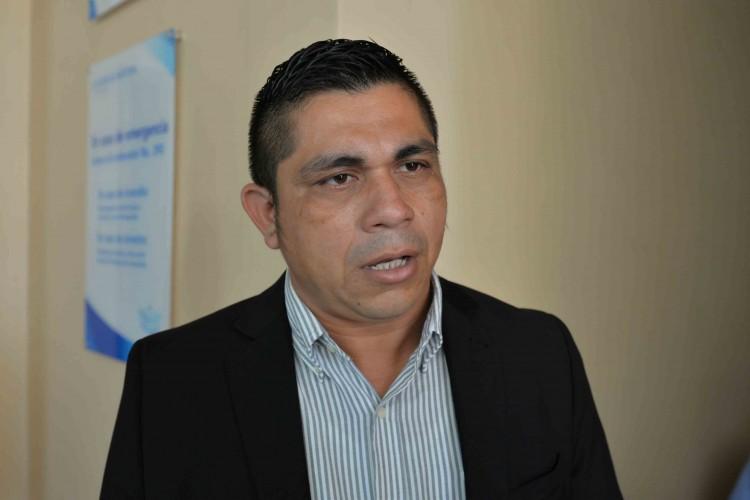 El diputado Walter Espinoza,está en desacuerdo con la cancelación de personalidad jurídicas de ONGs. Foto/LaPrensa
