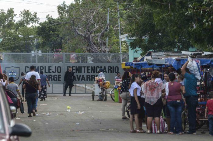 """Más de 40 presos políticos sufren en la Galería 300 """"El Infiernillo"""" en La Modelo. Foto: La Prensa."""