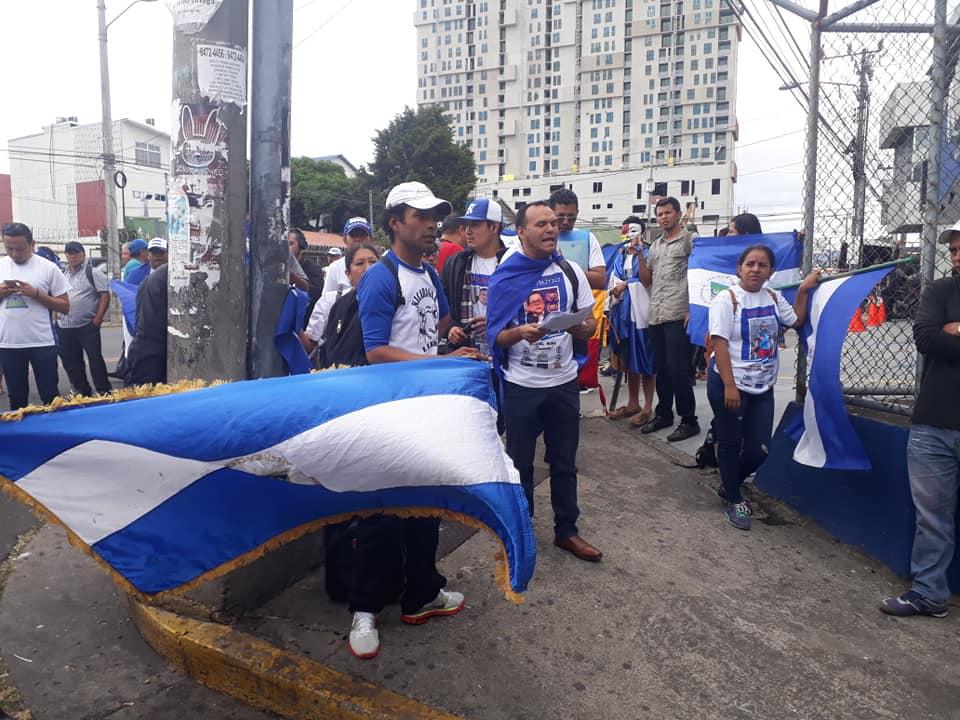 Nicaragüenses exiliados en Costa Rica exigen la liberación de todos los presos políticos