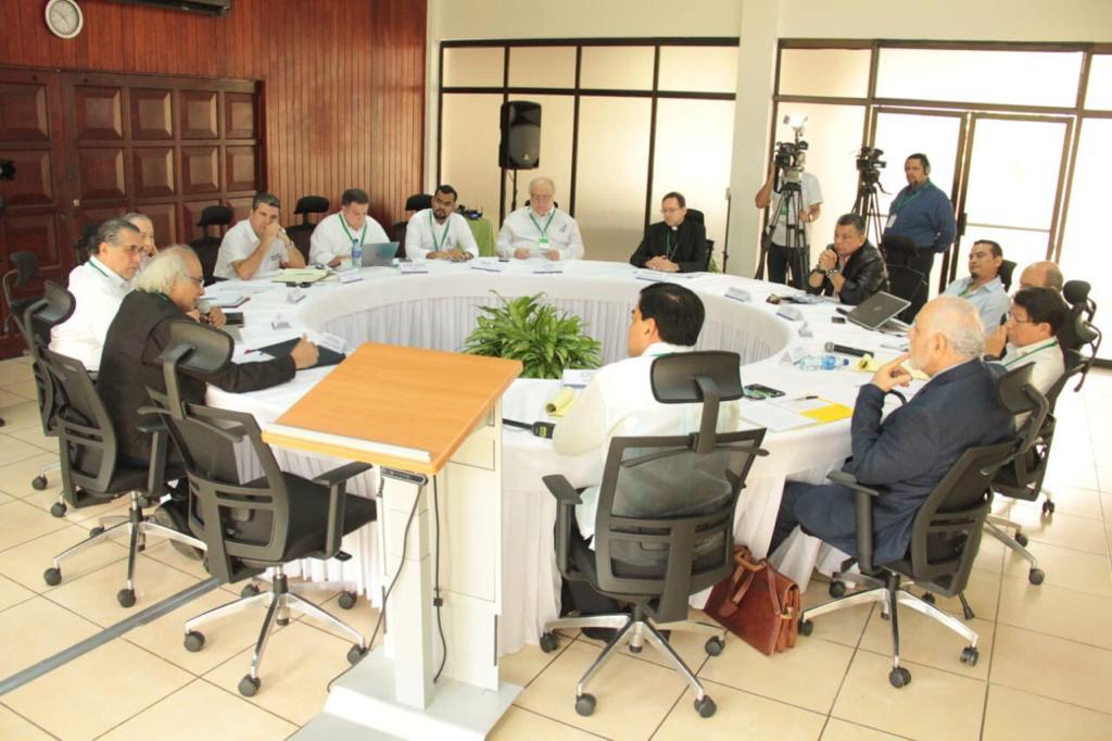 """Estos son los """"negociadores"""" de la dictadura y de la oposición en el nuevo intento de diálogo en Nicaragua"""