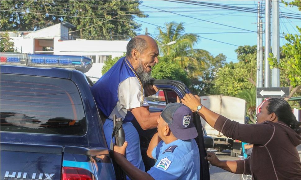 Alex Vanegas durante la primera detención. Foto: El Nuevo Diario.