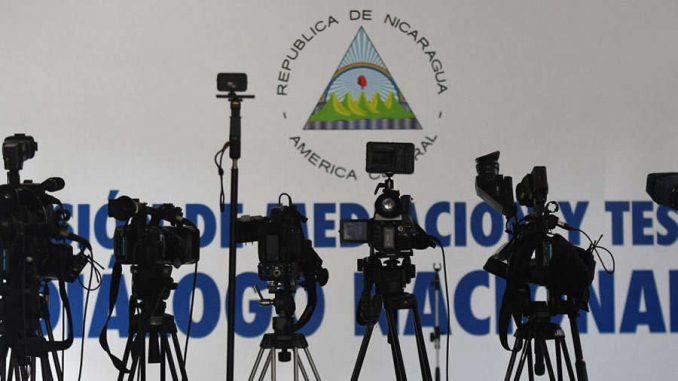 Periodistas piden libertad de prensa. Foto/AFP