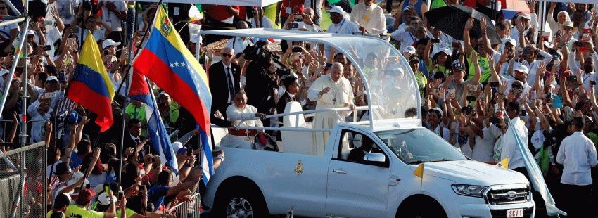 Maduro lanza un SOS al papa Francisco para que le ayude a concertar un diálogo con Juan Guaidó. Foto/Cortesía: Revista Católica Vida Nueva (España)