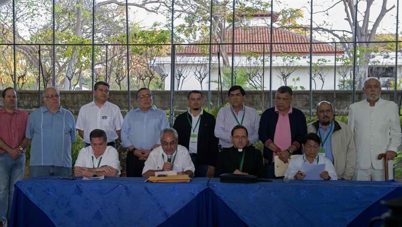 La Alianza Cívica por la Justicia y la Democracia informó este miércoles que en la mesa se continúa discutiendo el tema de las garantías ciudadanas. Foto: La Prensa.