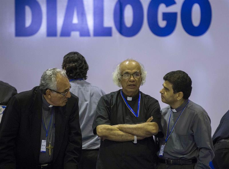 Alianza Cívica y Gobierno de Ortega invitan a obispos de la Iglesia Católica para que participe en las negociaciones. Foto: Confidencial
