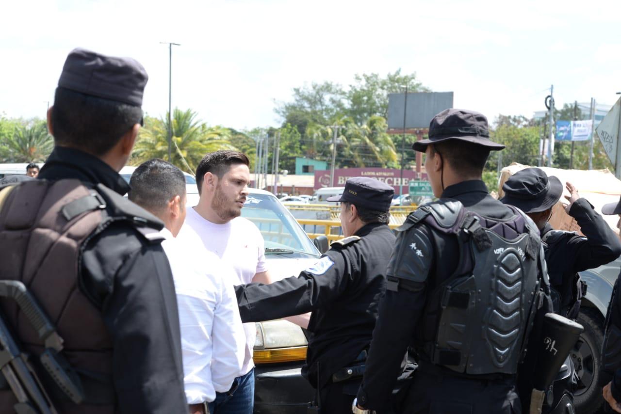Dictadura orteguista reprime a manifestantes que intentaron marchar en Managua. Foto/LaPrensa