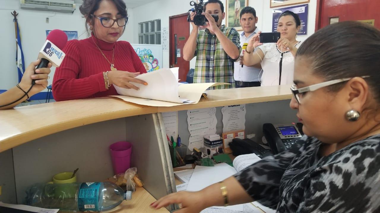 Interponen denuncia contra carceleros que colgaron a reos y los torturaron. Foto/Artículo66