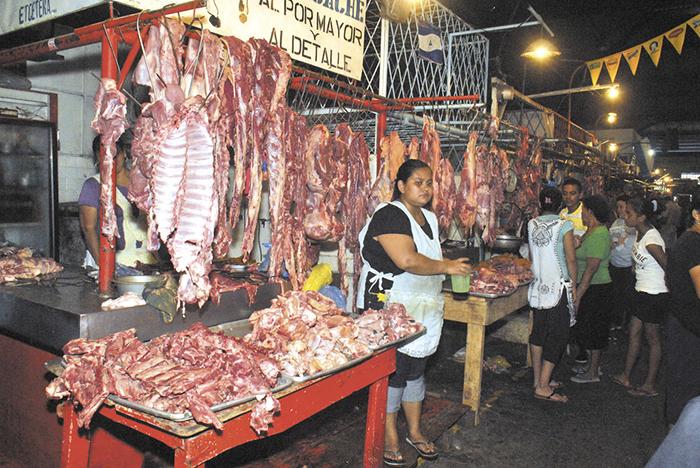 Sector pecuario iniciará a pagar IVA por alimento para ganado. Foto: La Prensa.