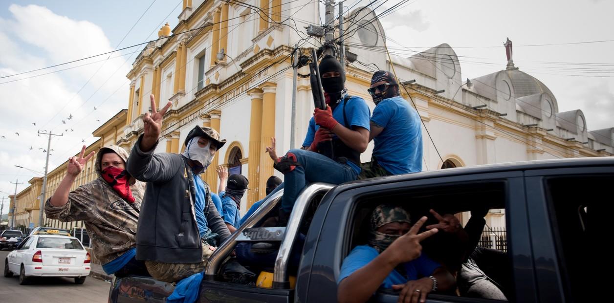 Los nicaragüenses exiliados en Costa Rica responsabilizan con un 46 por ciento a los paramilitares como principales culpables de su exilio, según el informe de la CIDH