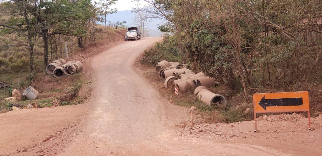 Denuncian paralización de construcción de carretera con fondos del BID en Waslala. Foto/CxL