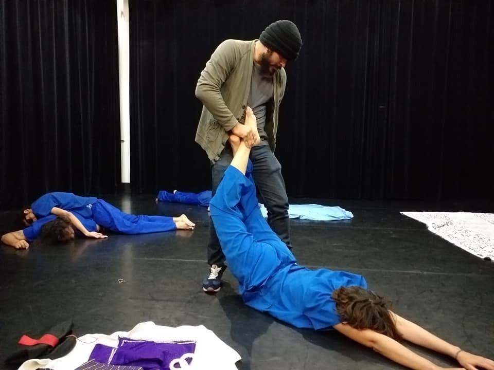 "Obra teatral ""Bacanal Chipote"" llegó a Holanda para presentar el crudo retrato de las torturas en Nicaragua"