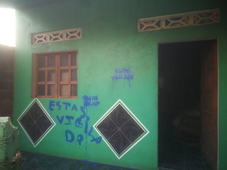 Así respondió un opositor de El Viejo a una pinta que le dejaron los orteguistas en su casa. Foto: Cortesía