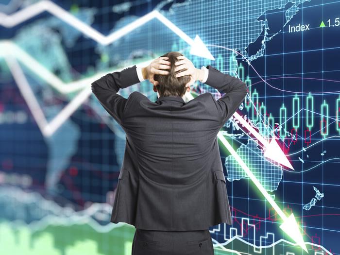 Empresas siguen padeciendo la crisis económica: cae el consumo y suben costos de producción. Gráfica: Euroresidentes