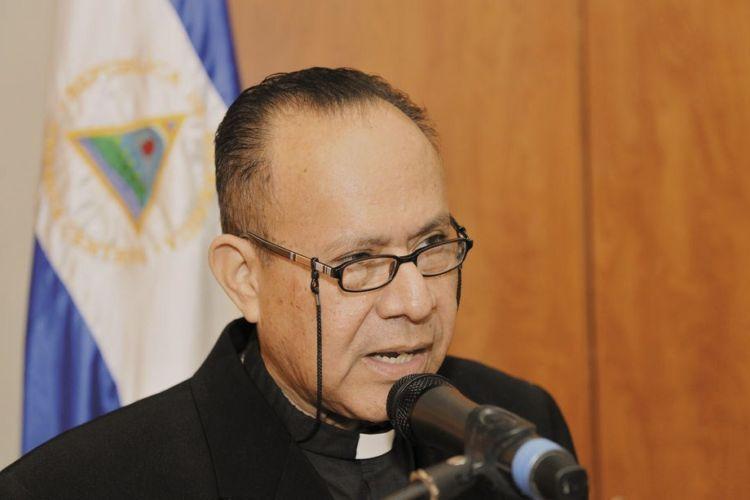 Mons. Abelardo Mata expone situación de Nicaragua a vicepresidente de Estados Unidos. Foto: Cortesía