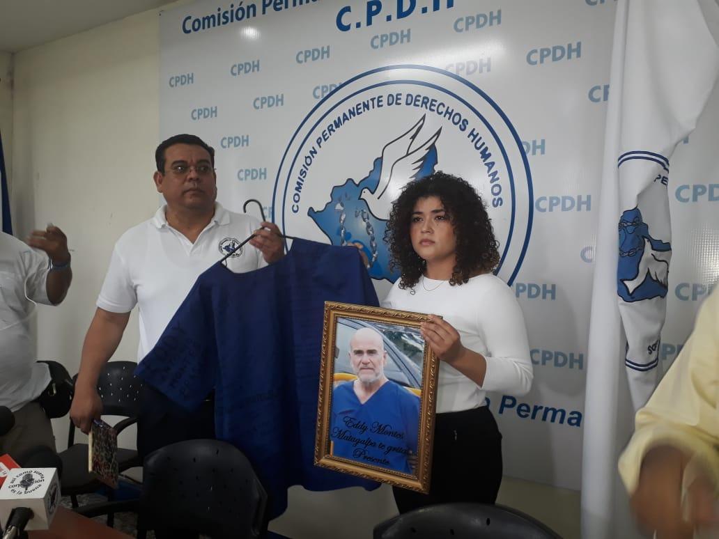 """Eddy Jafet Montes, hija del reo político asesinado en el Sistema Penitenciario de Tipitapa """"Jorge Navarro"""", Eddy Montes Praslín. Foto: CPDH"""