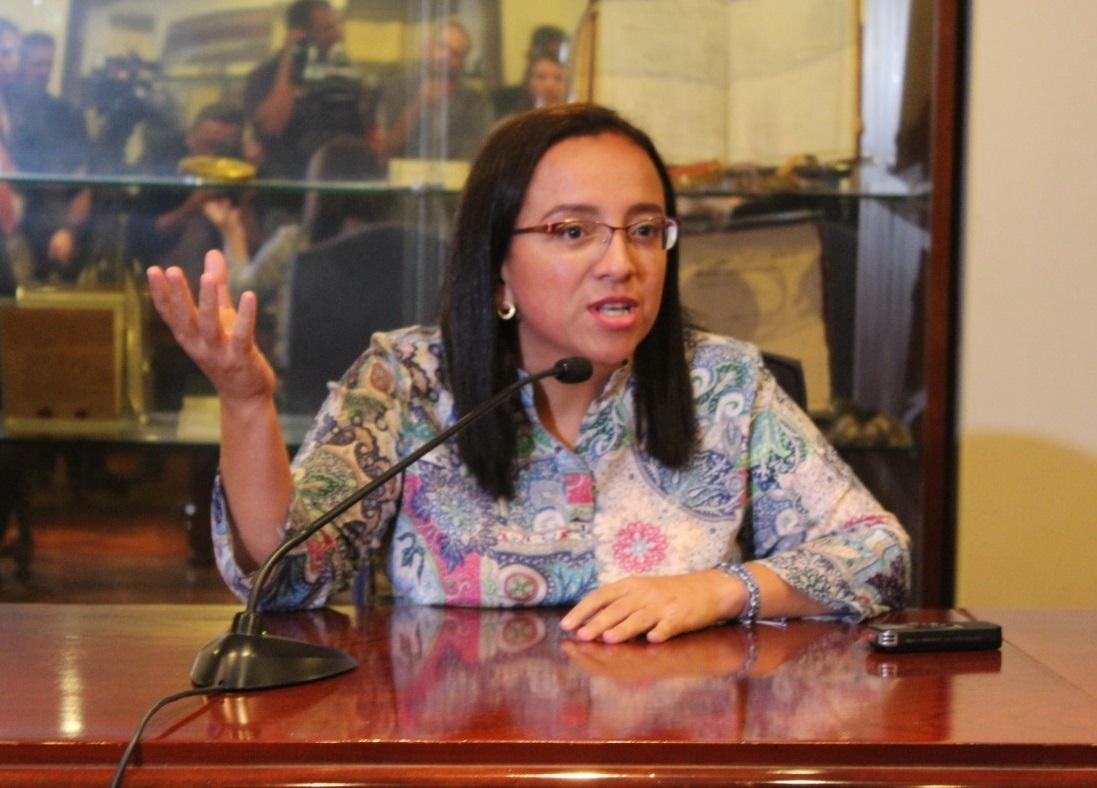 Periodista Lucía Pineda durante su visita en el Ministerio de Relaciones Exteriores de Costa Rica. Foto: Cortesía Gerald Chávez Nicaragua