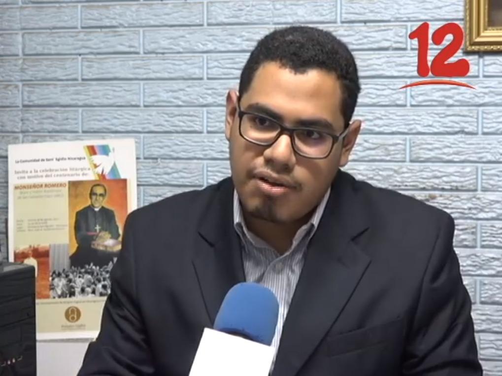 Periodista Israel Espinoza. Exiliado por acoso y hostigamiento del régimen. Foto: Canal 12.