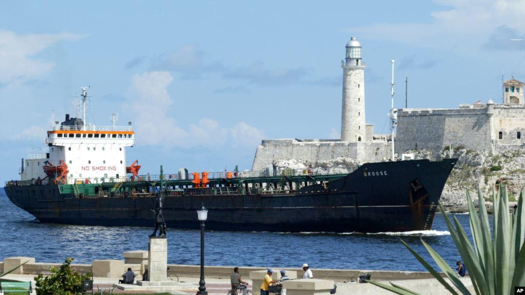 Según informó Bloomberg, los buques Ocean Elegance y S-Trotter, dos de los 34 sancionados por EE.UU. en abril, cambiaron sus nombres a Océano y Tropic Sea. Foto: AP
