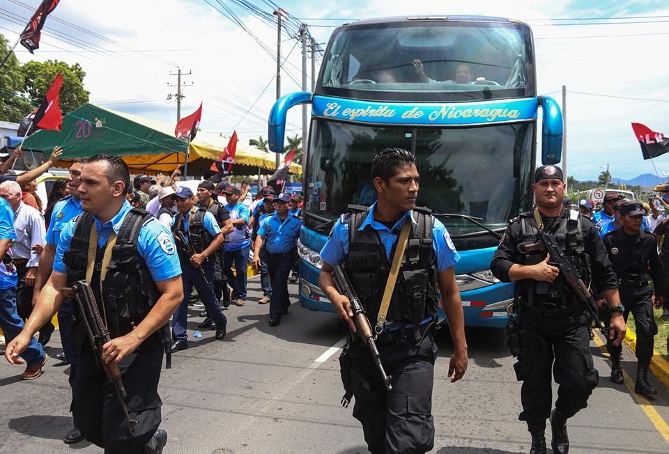 Ortega llegó a Masaya acompañado solo de policías y paramilitares. Foto: El Nuevo Diario