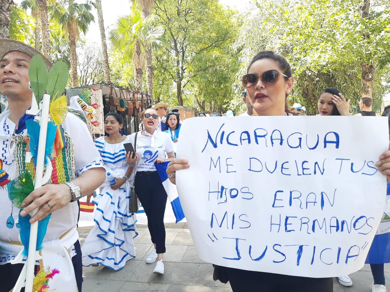 Marcha en Sevilla en junio de este 2019. Foto: M. Balmaceda/Artículo 66