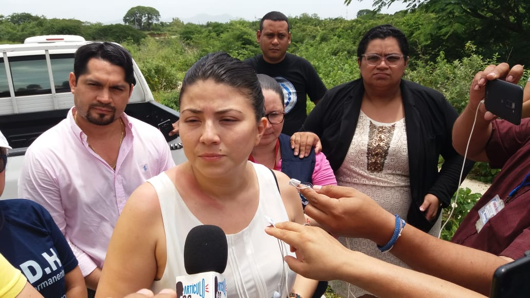 Abogada defensora María Oviedo, es puesta en libertad. Foto: María Gómez