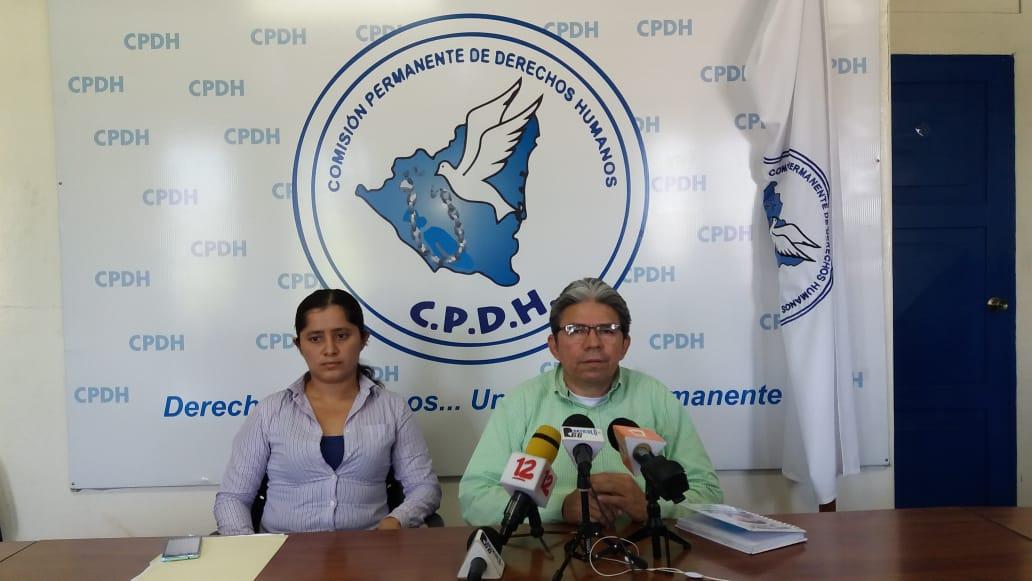 Sobrina de diputada orteguista de León denuncia persecución. Foto: María Gómez/Artículo 66