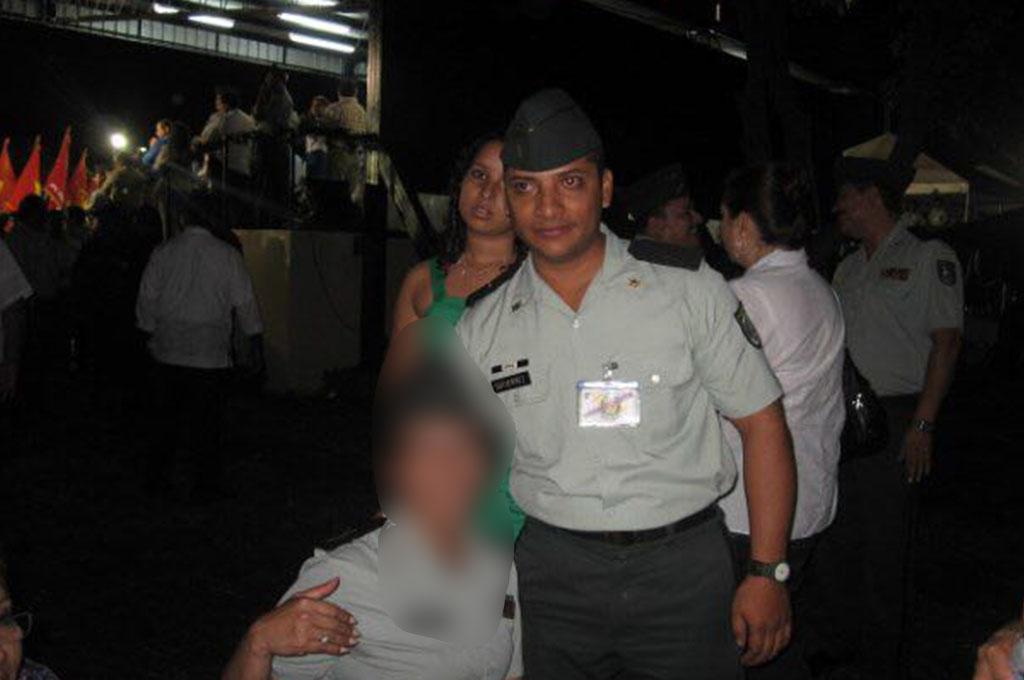 Pierson Gutiérrez Solís también fue miembro del Ejército de Nicaragua. Cuando se descubrió que fue el asesino de la universitaria brasileña, el Ejército emitió un comunicado para desvincularse del asesino confeso.
