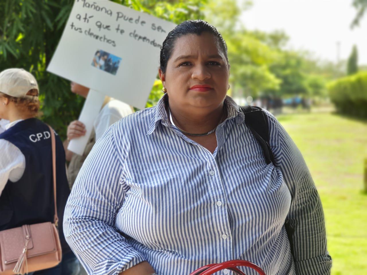 Abogada Yonarqui Martínez en estado reservado a causa del COVID-19. Foto: Artículo 66