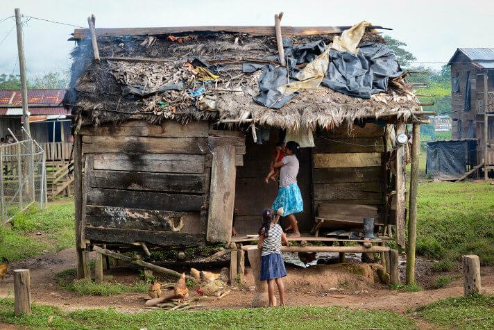 Más del 80% de los nicaragüenses evalúa su situación económica entre mala y regular. Foto: Confidencial