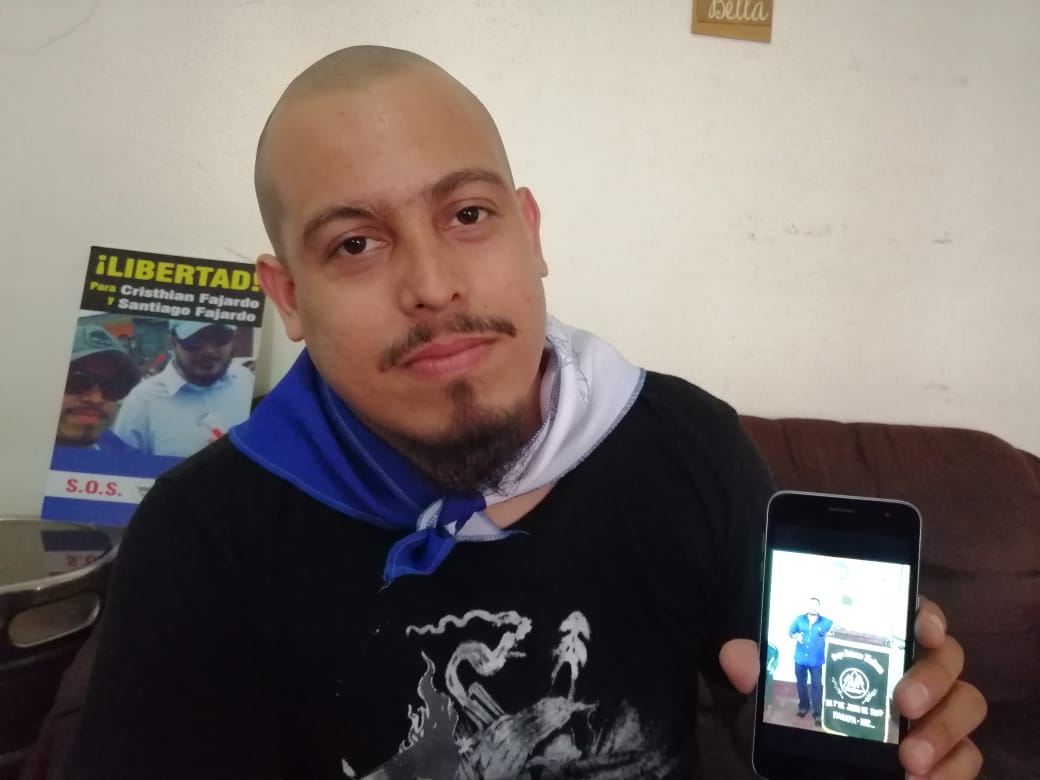 Simpatizante orteguista, insulta y reta a golpes al exreo político de Masaya, Santiago Fajardo. Foto: N. Miranda / Artículo 66