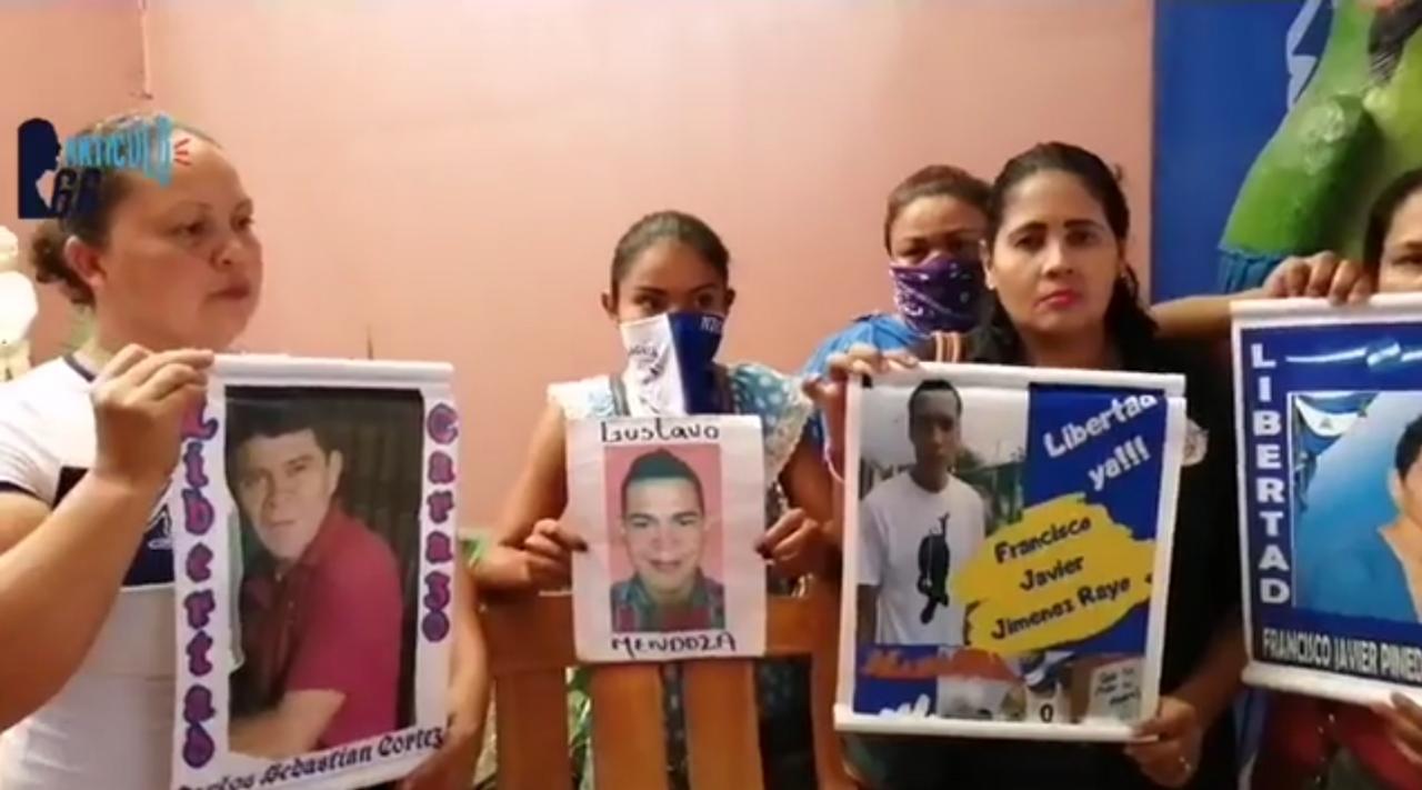 Los presos políticos están siendo víctimas de torturas, denuncian sus familiares