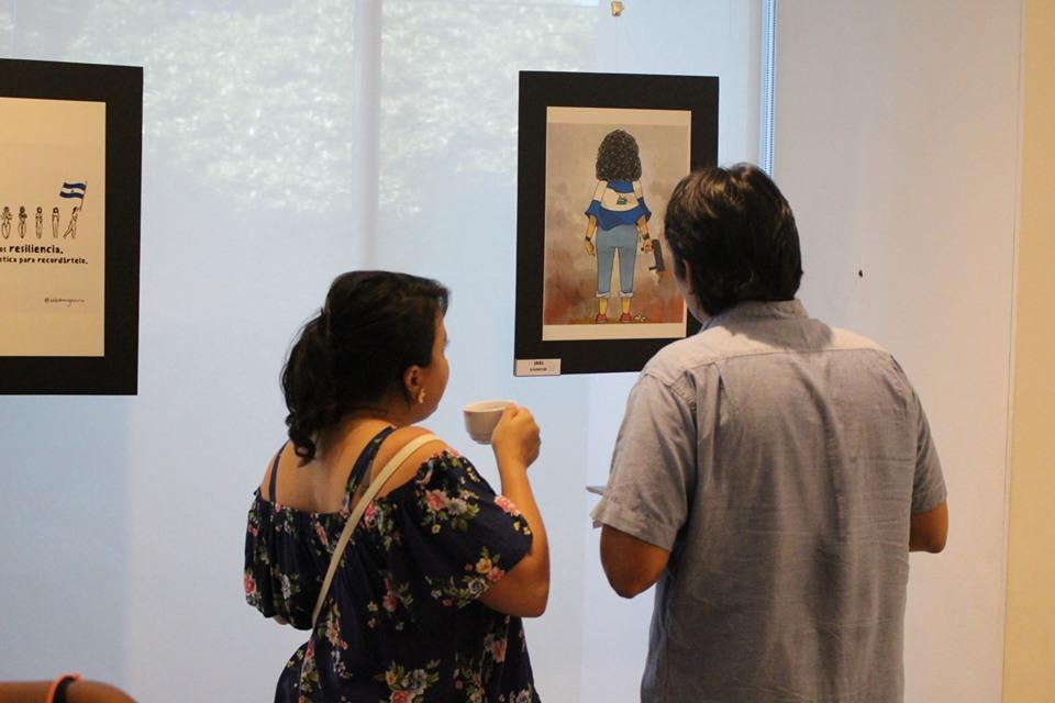 """Inauguración de la exposición de artes. """"Del arte a la resilencia"""". Foto: Revista Cultura Libre"""