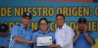 Periodista Lucía Pineda Ubau identifica a la mujer policía que la torturaba en El Chipote