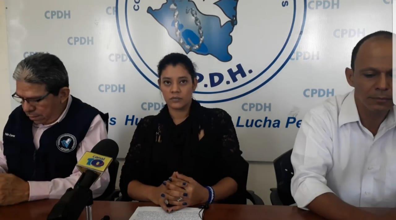 """Milagros González Ortega, miembro de CxL: """"Un comisionado me dijo que era un vergüenza que llevara el apellido del comandante"""""""