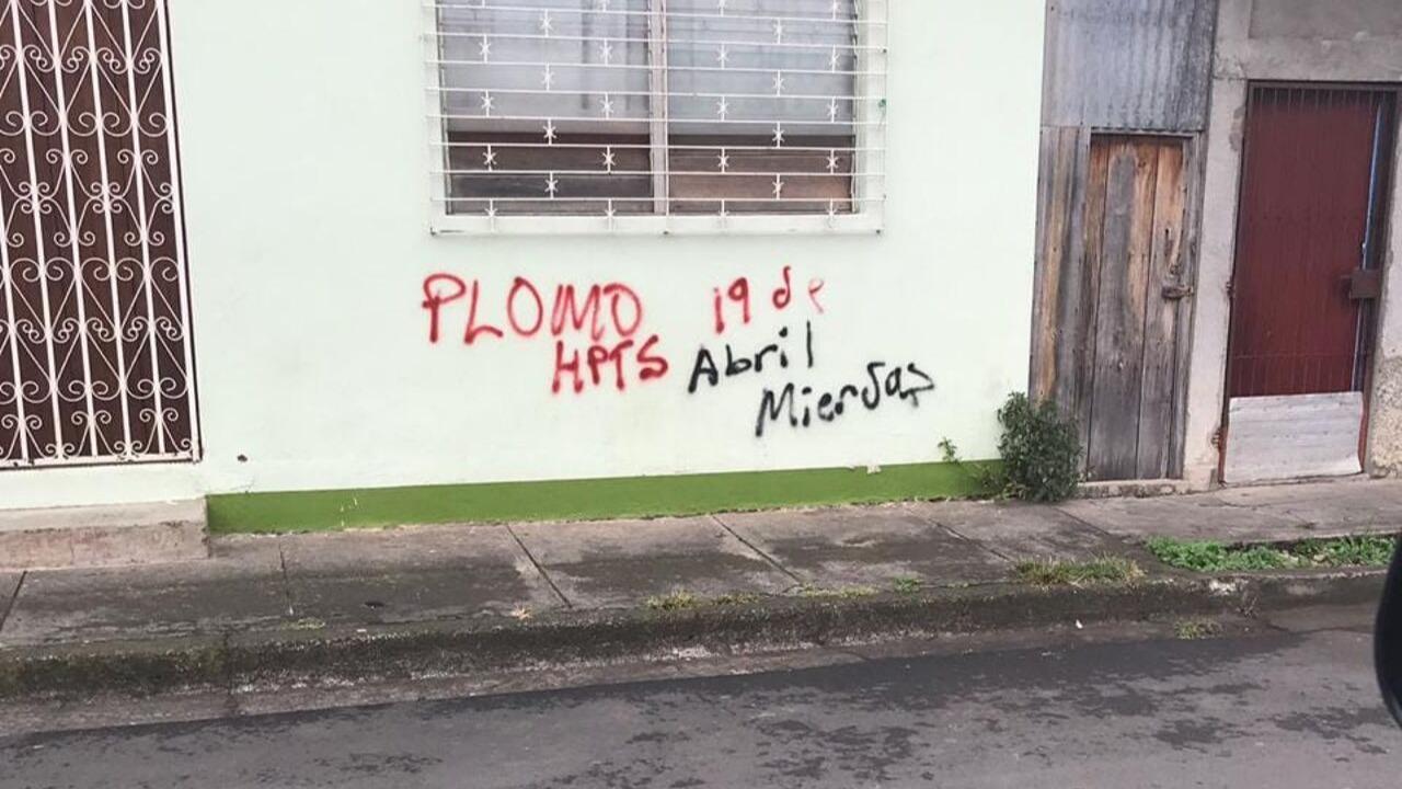 """Opositores de Jinotega denuncian pintas de amenazas de """"plomo"""" por fanáticos orteguistas"""