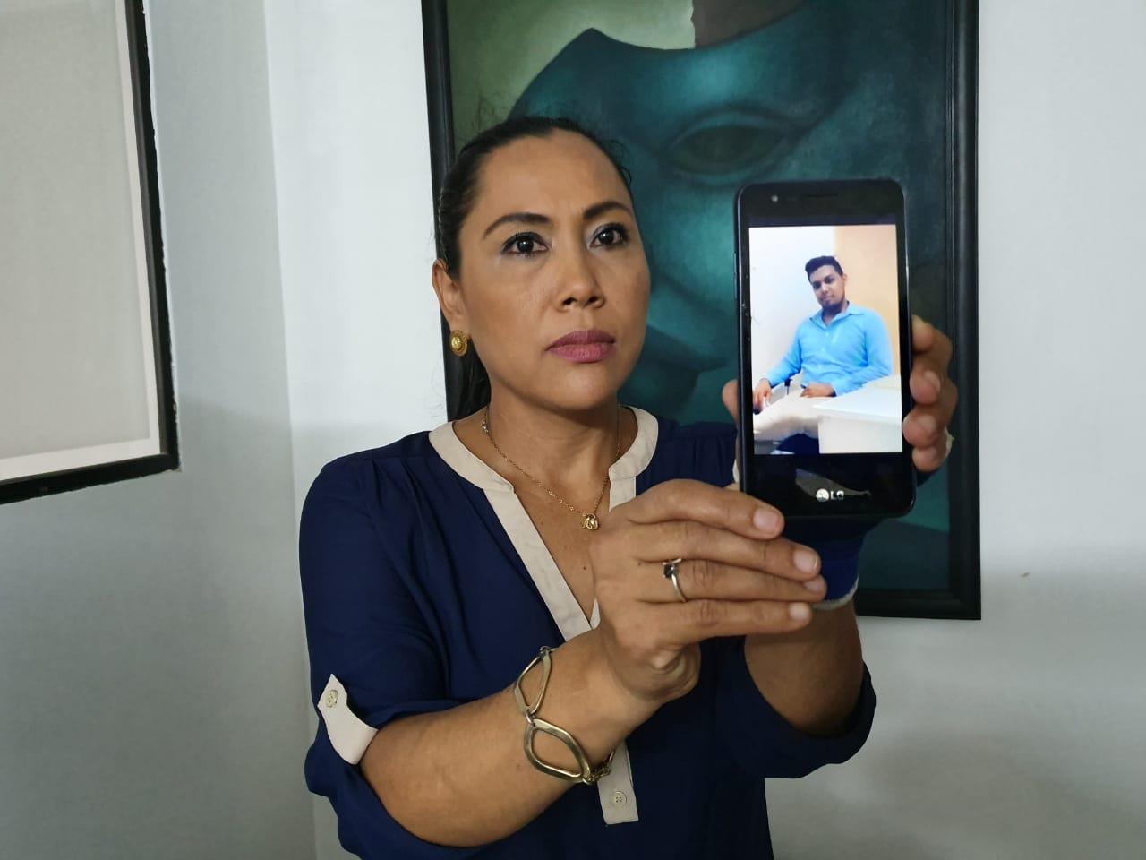 Nubia Sandoval, madre del joven Douglas Villanueva capturado por la Policía orteguista. Foto: Á. Navarro/Artículo 66