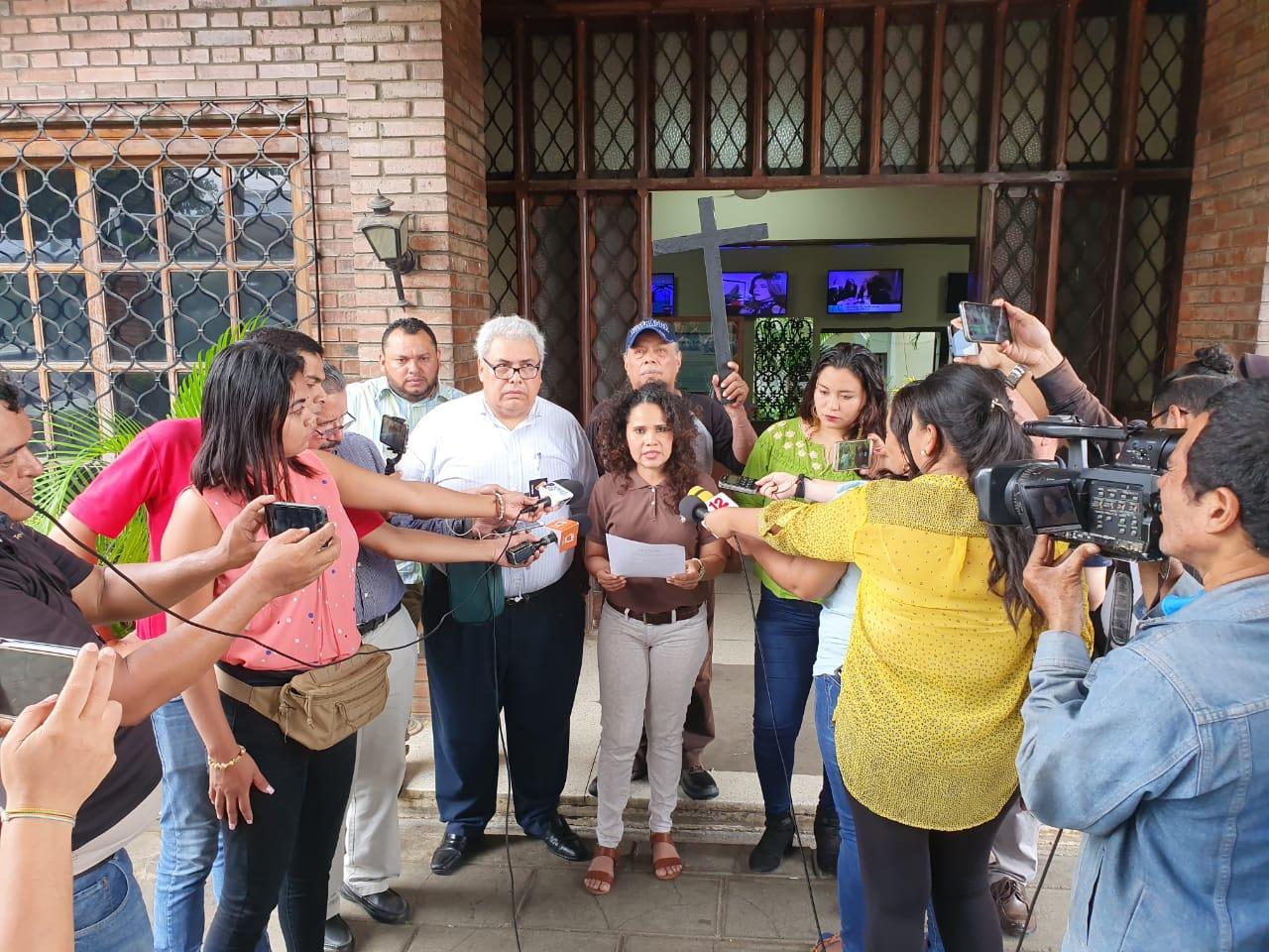 PCIN durante la lectura del comunicado en condena al régimen orteguista por presión a medios independientes. Foto: Artículo 66