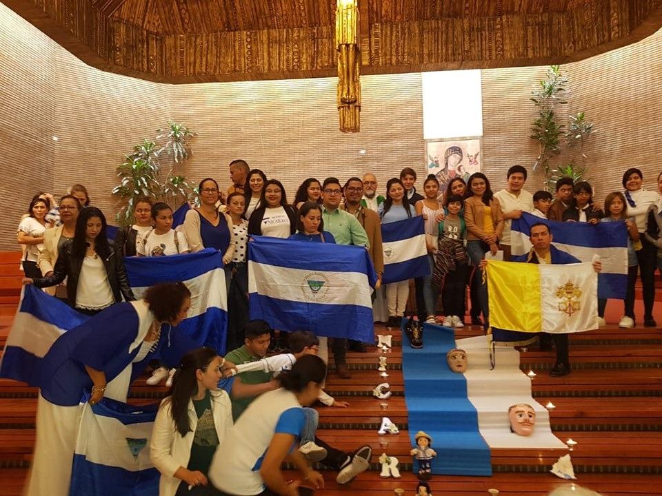 Los exiliados de Nicaragua no pierden la fe de volver a casa