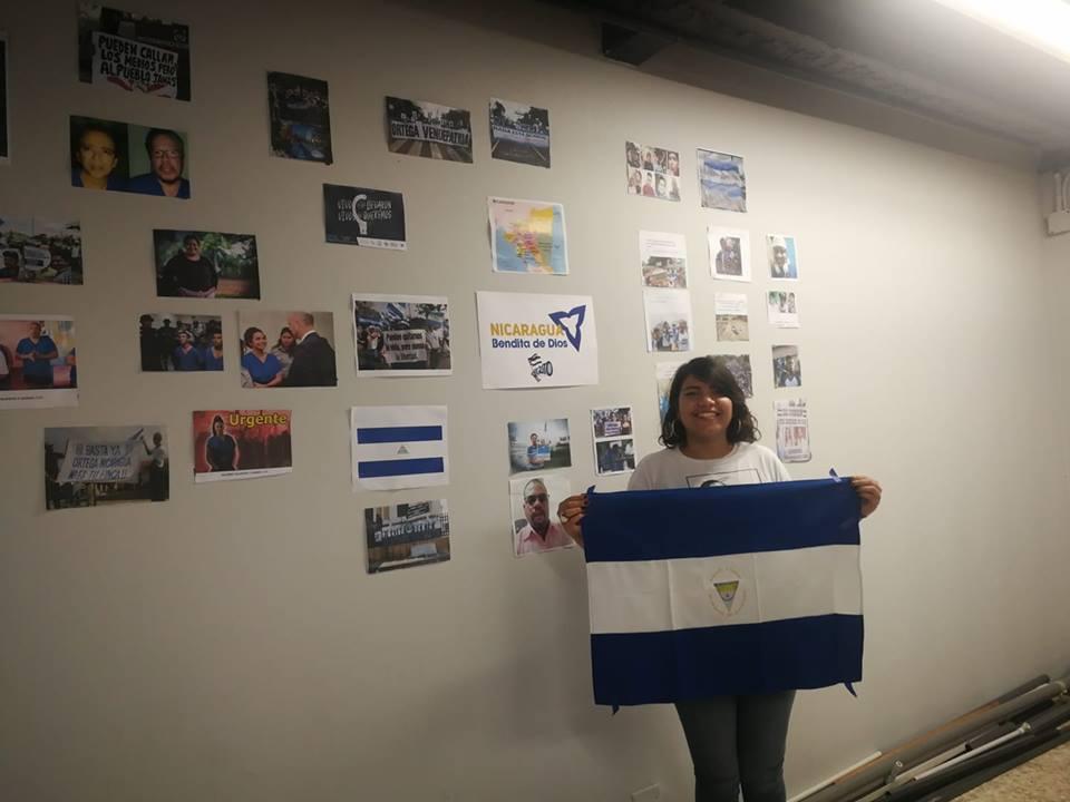 Artista y universitaria exiliada, Madelaine Caracas. Foto: Tomada de redes sociales.