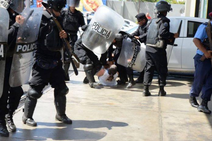 CIDH condena ataques de policías del régimen contra periodistas de Canal 10 y Artículo 66