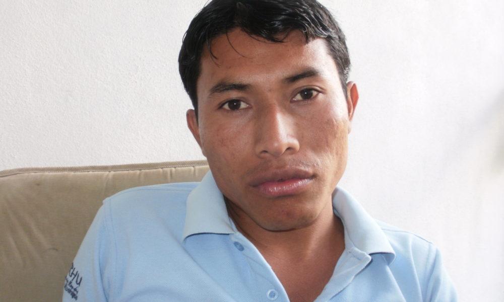 Asedio de policías y paramilitares obliga al periodista Denis García a abandonar su casa