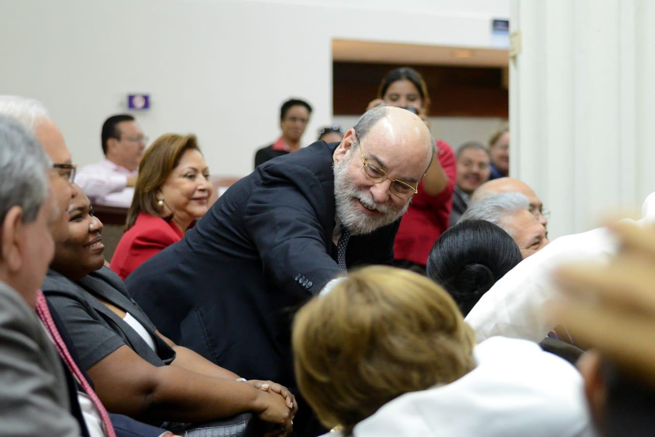 Aplanadora orteguista destituyen a Rafael Solís como magistrado de la Corte Suprema de Justicia. Foto: Confidencial / Carlos Herrera