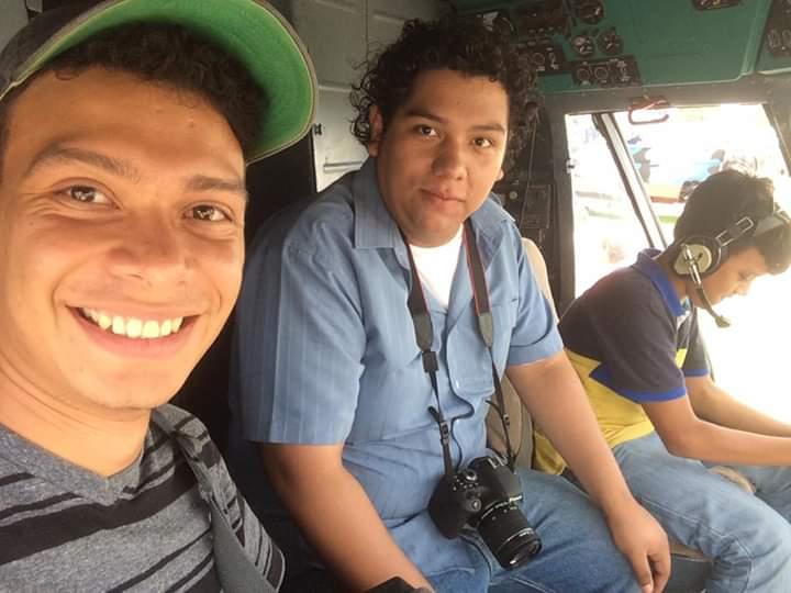 Marlon Fonseca y Hansell Vásquez cuando laboraban en su agencia de publicidad. Foto: Cortesía
