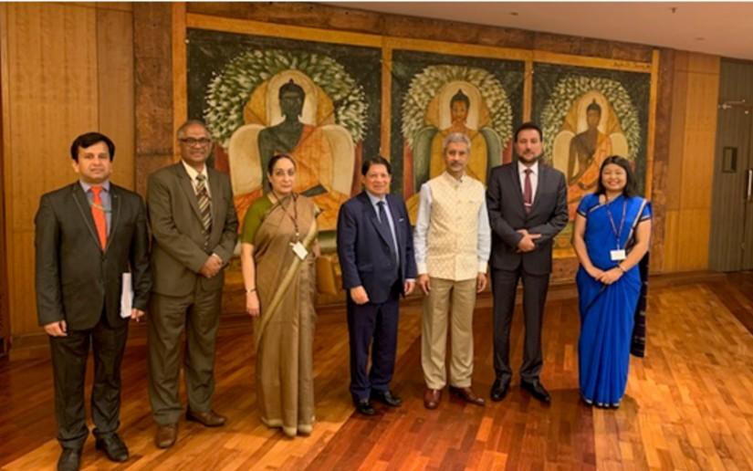 Canciller Denis Moncada junto a la delegación de India. Foto: El 19 Digital