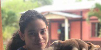Policía orteguista detiene por una hora a una adolescente opositora en Somoto